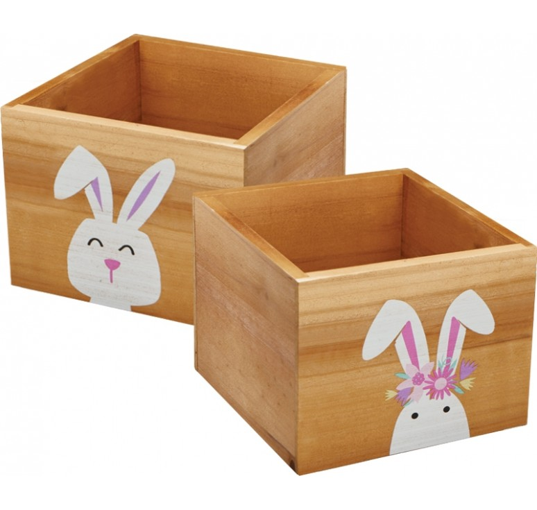 Wooden Cube w/ Rabbit Design