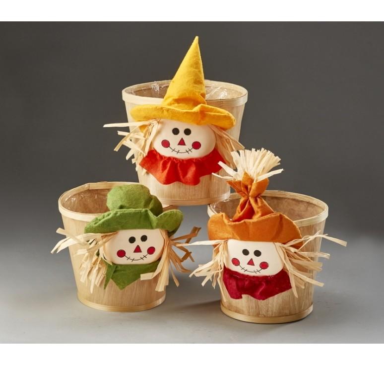 Woodchip Bushel Basket with Scarecrow Design